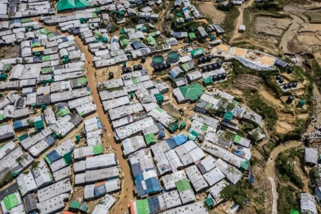 """""""Capturing a Crisis: What lessons can we learn from the """"overdocumentation"""" of the Rohingya crisis? – Eva Buzo"""